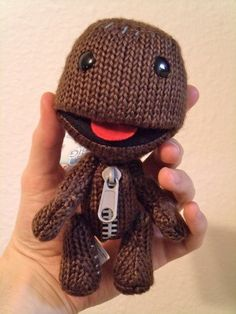 The Little Big Planet 6″ Inch Sackboy Figure ... I have thiss ^___^ my babes got it for me n i love it