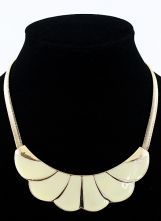 Gold Ruffles Collar Chain Necklace