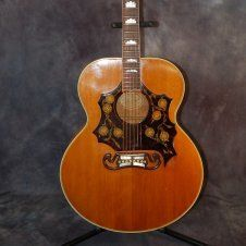 Gibson Guitars for Sale – 1953 Gibson SJ 200 Custom With California Girl Hardshell Case by bridgett Gibson Epiphone, Gibson Guitars, Guitar Amp, Cool Guitar, Gibson Acoustic, Acoustic Guitars, Bass Ukulele, Guitar Songs, Archtop Guitar