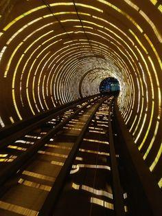 Bund Sightseeing Tunnel, à Shanghai Photo Background Images, Photo Backgrounds, Shanghai, Catwalk Design, Spaceship Interior, Exhibition Booth, Exhibition Space, Interactive Walls, Futuristic Motorcycle