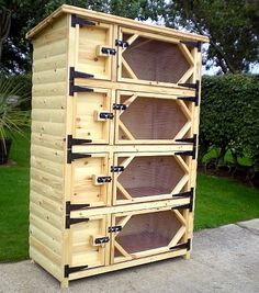 Quad Breeders Rabbit Hutches in Log Lap. Rabbit Hutch number 28.