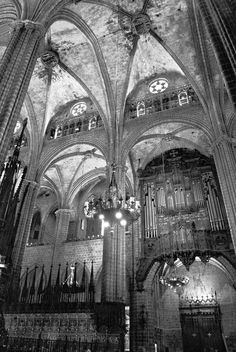 Barcelona Cathedral, Gothic Quarter. Barcelona, Spain.