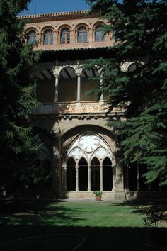 Monasterio de Veruela  Zaragoza  Spain All About Spain, Places To Travel, Places To Visit, Places In Spain, Tourist Spots, Beautiful Buildings, Kirchen, Granada, Spanish
