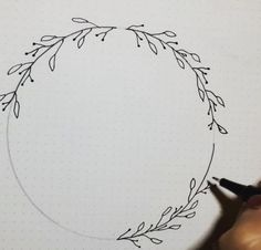 Playing with logo designs today, thought I'd show how I draw a simple wreath! Draw a circle (I use a protractor!) Split it into 4 parts Draw in some leaves Draw in some berries Erase! Tag me in your work if you give it a shot! Doodle Drawings, Easy Drawings, Doodle Art, Tree Drawings, Drawing Tips, Drawing Tutorials, Cool Designs To Draw, Wreath Drawing, Bullet Journal