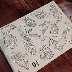 Diy Tattoo, Tattoo Geek, Tattoo Ideas, Tattoo Designs, Arte Do Harry Potter, Harry Potter Drawings, Harry Potter Sketch, Body Art Tattoos, Sleeve Tattoos