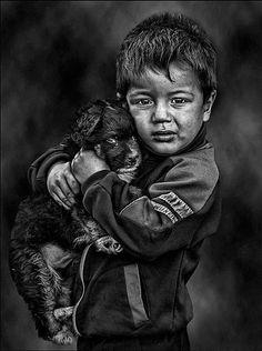 my misty morning Cute Kids Photography, Dark Photography, People Photography, Black And White Photography, Portrait Photography, Street Photography, Old Man Portrait, Portrait Art, Emotional Photography
