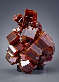 Vanadinite / Mineral Friends <3