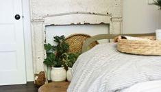 30+ Farmhouse Office Desk Ideas – FarmhouseMagz Modern Farmhouse Living Room Decor, Farmhouse Style Bedrooms, Modern Farmhouse Plans, Farmhouse Decor, Farmhouse Office, Country Farmhouse, Bedroom Layouts, Bedroom Styles, Bedroom Ideas