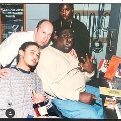 """""""Biggie, Bone Thugs-N-Harmony, and others at the """"Notorious Thugs"""" studio session, mid Hip Hop And R&b, 90s Hip Hop, Hip Hop Rap, Rap Music, Soul Music, Hip Hop Underground, Bizzy Bone, Hip Hop Artists, Music Artists"""