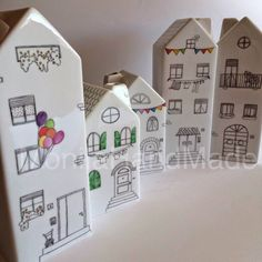 Wood Houses, Clay Houses, Girls Night Crafts, Crafts To Make, Diy Crafts, Small Wooden House, Pottery Houses, Creative Workshop, Love Craft