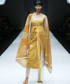 Batik Kebaya, Kebaya Dress, Ethnic Fashion, Womens Fashion, Pyjamas, Traditional Outfits, Baby Photos, Chic Outfits, Dress Up