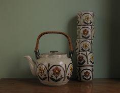 tea set, 70s style