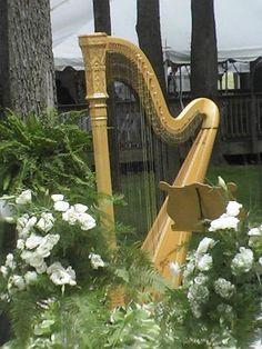 Beautiful floral arrangements around the harp. Creative People, Harp, Good Music, Big Day, My Dream, Floral Arrangements, Steampunk, Mosaic, Victorian