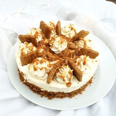 Speculos & Salted Butter Caramel Cheesecake - Cake Beauty - After the Oreo Cheesecake which was a huge success both with you and with me, I used the same recip - Caramel Cheesecake, Easy Cheesecake Recipes, Cheesecake Cake, Cheesecake Bites, Pumpkin Cheesecake, Easy Cake Recipes, Salted Butter, Cake Mix Cookies, Kitchens