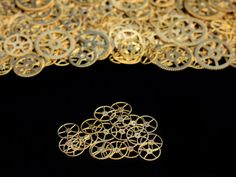 20x BRASS  1/2 Inch 127mm SteamPunk Gears by yoursteampunk on Etsy, $7.00