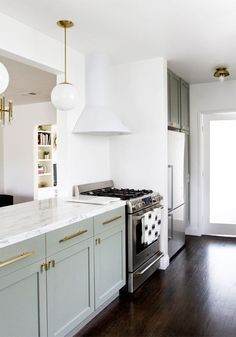 Before and After: Mid-Century Kitchen Makeover (Mid Mod meets French Country)