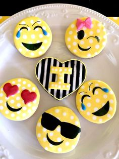 Emoji Double Digit Birthday Party   CatchMyParty.com