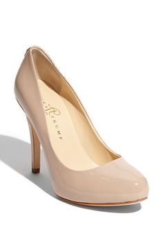 On the hunt for the perfect nude pump