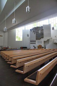 Alvar Aalto's Architecture: Alvar Aalto in Lahti Finland Church Architecture, Religious Architecture, Space Architecture, Interior Design Courses, Church Design, Alvar Aalto, Commercial Interiors, Kirchen, Planer