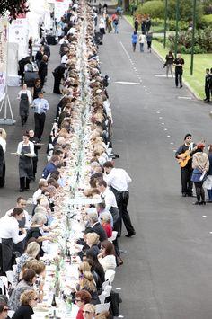 Melbourne Food & Wine Festival - Melbourne, Longest Lunch 2011. 2-21 March 2012.