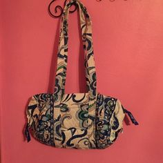 Vera Bradley Barrel Bag With Multiple Pockets