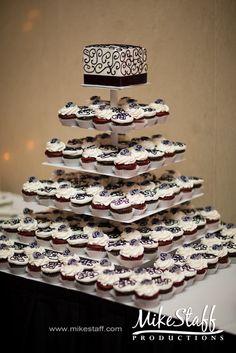 #wedding cake #Michigan wedding #Chicago wedding #Mike Staff Productions #wedding details #wedding photography #wedding cupcakes