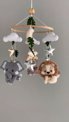Jungle Theme Nursery, Baby Animal Nursery, Jungle Nursery, Baby Nursery Decor, Baby Decor, Diy Bebe, Baby Crib Mobile, Hanging Mobile, Baby Boy Rooms