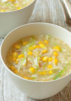 Crab and Sweetcorn Soup - The Happy Foodie - - A simple Chinese dish and always a popular favourite. By Rick Stein, this crab and sweetcorn soup recipe is flavoured with ginger, light soy and spring onions. Crab And Corn Soup, Sweet Corn Soup, Crab Soup, Fish Soup, Seafood Soup, Sweetcorn Soup Recipes, Chicken And Sweetcorn Soup, Hot Dog Recipes, Crab Recipes