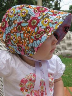 PDF pattern on Etsy for a reversible vintage-style baby bonnet, 0-24 mos. Very cute and functional for sunburn-prone marshmallow babies like mine!