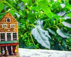 Tiny house. . . #photographersofbangladesh #greenery #green #greenworld #tinylandscape #tiny #miniatureworld #minaturephotography #miniature #minihouse #miniaturehouse #tinyhouse #littlehouse #tinyworld #internetcafe #tinyinternetcafe #allthingstiny #tinywindows #fridgemagnet #fridgemagnets by sahilasanzana