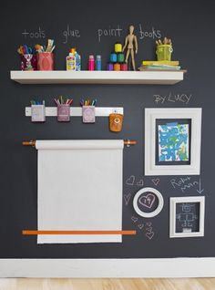 Kids playroom is often fused with kids room to ease parents to supervise their kids. Therefore you need to kids playroom decor appropriate to the age their growth Clever Kids, Toy Rooms, Game Rooms, Craft Rooms, Kids Corner, Toy Corner, Reading Corner Kids, Corner Wall, Kid Spaces