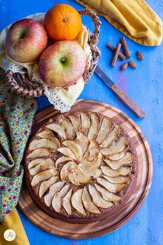 Slow Food, Apple Pie, Desserts, Tailgate Desserts, Deserts, Postres, Dessert, Apple Pie Cake, Plated Desserts