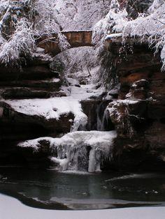 upper falls Old Man's cave Hocking Hills, Ohio