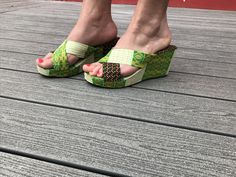 sandale semelle compensée en pagne wax
