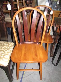 Set of Two Moder Bentwood Chairs , Updated Windsor style with Oak and Cherry Solid Construction by FrontPorchFurniture on Etsy
