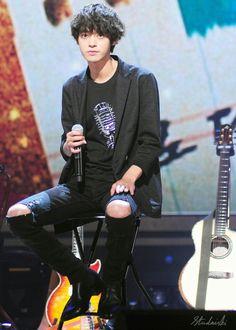 Jung Joon Young, Happy Pills, Korean Singer, Asia, Punk, Restaurant, Stars, Fashion, Moda