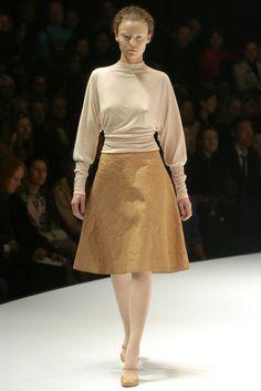 Alexander McQueen 알렉산더 맥퀸 : Fall/Winter 2004 Ready-to-Wear Paris :: 네이버 블로그