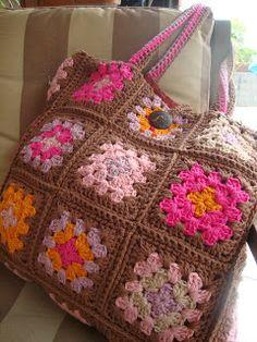 Crochet Baby Bonnet, Baby Afghan Crochet, Crochet Mittens, Knit Or Crochet, Crochet Granny, Easy Crochet, Crochet Stitches, Crochet World, Granny Square Blanket