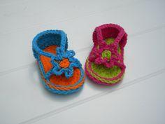 Baby Strapey Sandal Crochet Pattern.Immediate PDF by smeckybits