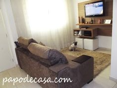 Resultado de imagem para sofa marrom em sala minimalista