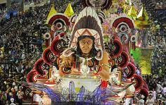 Second night of Rio de Janeiro's Carnival 2012     Segunda noite de desfile no Rio de Janeiro Carnaval 2012  My favorite Samba School Mangueira!