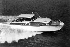 36 foot Commander :: The Mariners Museum Image Collection