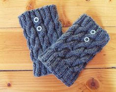 Hand Knitted Wool Boot Cuffs with buttons, Light Grey, Dark Grey Boot Cuffs, Leg Warmers, Boot Toppers