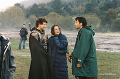 King Arthur (2004) Ioan Gruffud, Keira Knightley and Clive Owen on set