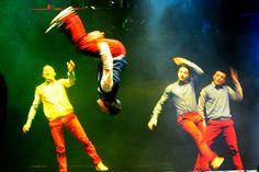 #AlessandroSiani dancing http://goo.gl/SbSSp