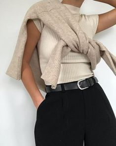 Fashion Gone rouge: Photo Mode Outfits, Fall Outfits, Casual Outfits, Fashion Outfits, Womens Fashion, Fashion Trends, Classy School Outfits, Classic Outfits, Casual Shoes