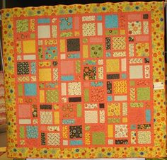 http://dakotacountystarquilters.org/images/2011_quilt_show/large_quilts/DSC07404.JPG