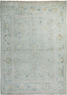 great article detailing john saladino's thoughts about rug choice. {pictured: Asmara Lycia Oushak rug}