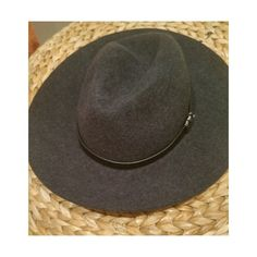 Lucky brand hat Worn once or twice perfect condition Lucky Brand Accessories Hats