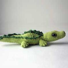 Crocodile, little fellow amigurumi crochet pattern by Happyamigurumi